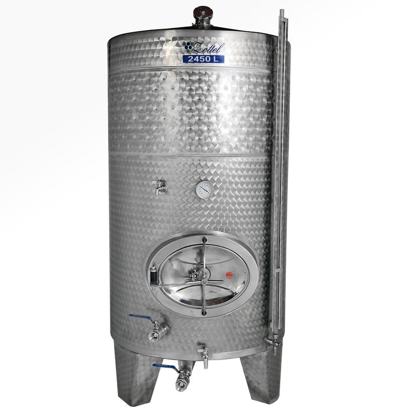 Zottel Zárt bortartály, 2450 l hűtőpalásttal