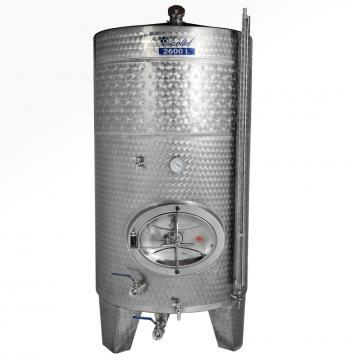 Zárt bortartály, 2600 l hűtőpalásttal Kép